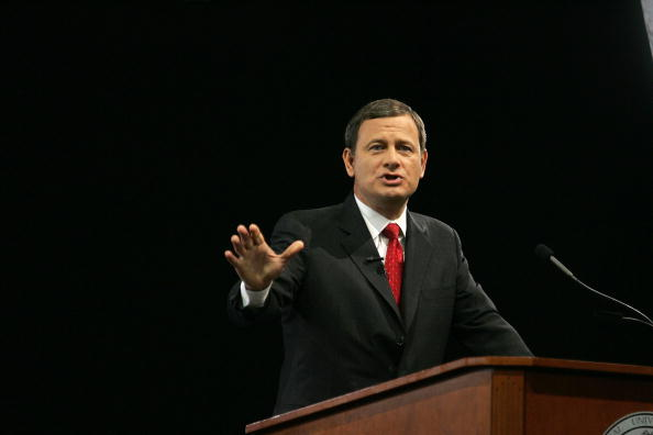 Justice - Concept「Supreme Court Chief Justice John Roberts Speaks At University Of Miami」:写真・画像(17)[壁紙.com]