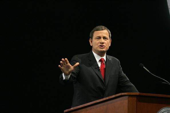 Justice - Concept「Supreme Court Chief Justice John Roberts Speaks At University Of Miami」:写真・画像(7)[壁紙.com]