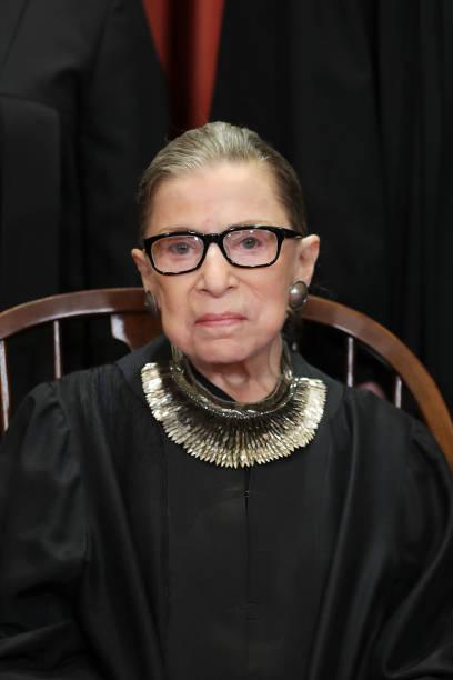 U.S. Supreme Court Justices Pose For Official Group Portrait:ニュース(壁紙.com)