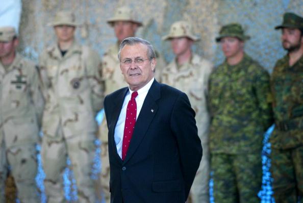 Bagram「United States Secretary of Defense visits the Bagram Air Base in Afghanistan」:写真・画像(17)[壁紙.com]