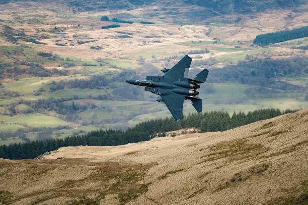 Air Force「Low Level Fast Jet Training In Wales」:写真・画像(7)[壁紙.com]