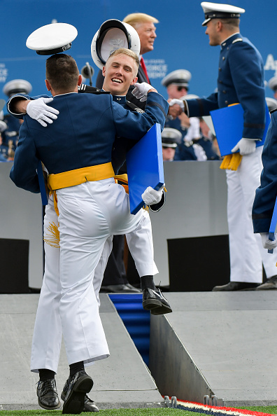 Michael Ciaglo「President Trump Delivers Remarks At US Air Force Academy Graduation Ceremony」:写真・画像(13)[壁紙.com]