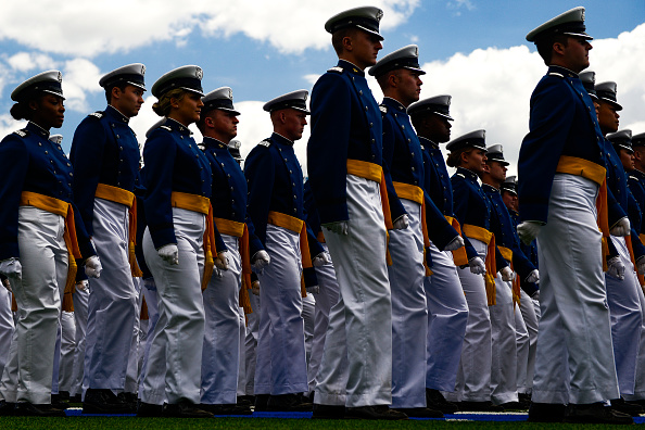 Michael Ciaglo「President Trump Delivers Remarks At US Air Force Academy Graduation Ceremony」:写真・画像(15)[壁紙.com]