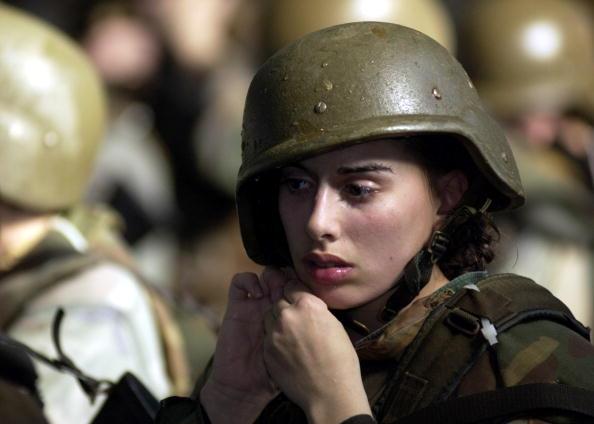 Females「U.S. Marines Recruits Train At Parris Island」:写真・画像(3)[壁紙.com]