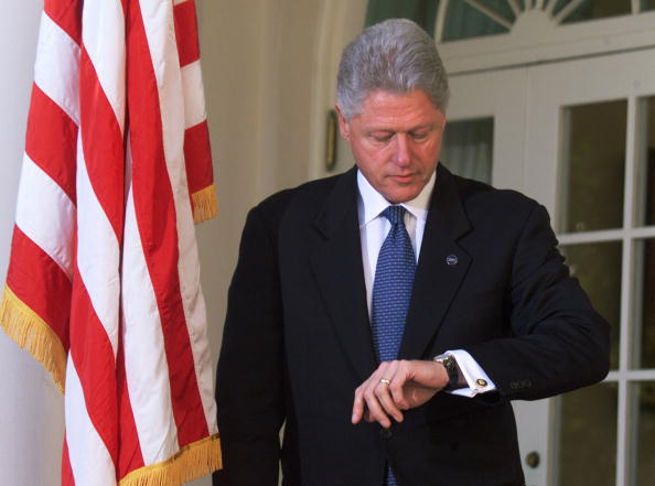 Wristwatch「President Clinton To Leave For Al Gore''s Campaign」:写真・画像(9)[壁紙.com]