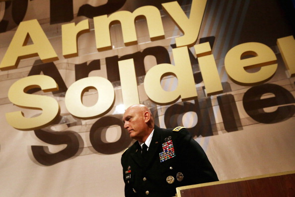 Chip Somodevilla「Army Chief Of Staff Gen. Raymond Odierno Addresses Army Conference」:写真・画像(18)[壁紙.com]