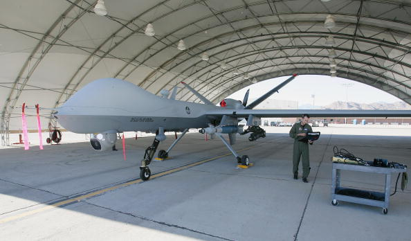 Drone Pilot「Reaper Aircraft Flies Without Pilot From Creech AFB」:写真・画像(12)[壁紙.com]