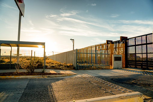 US State Border「United States Mexico Border Wall」:スマホ壁紙(6)