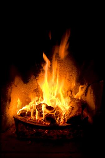 Inferno「Log Fire with flames」:スマホ壁紙(7)