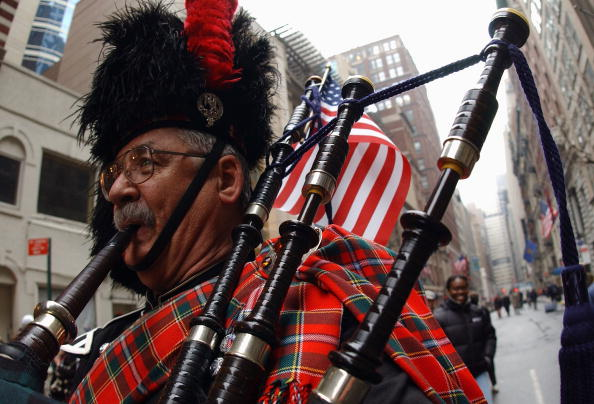 Tartan check「Tartan Day Parade In New York」:写真・画像(2)[壁紙.com]
