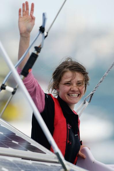 Sailor「Teen Sailor Jessica Watson Returns To Australia」:写真・画像(7)[壁紙.com]