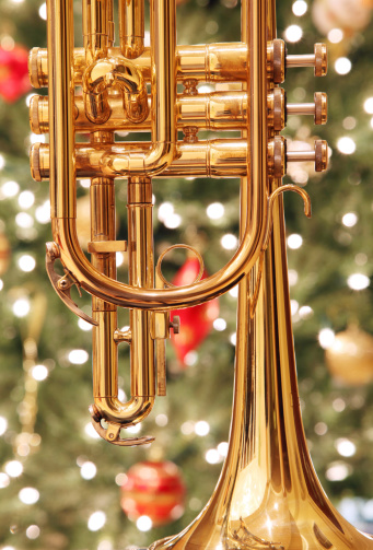 Trumpet「Trumpet with Christmas Background」:スマホ壁紙(14)