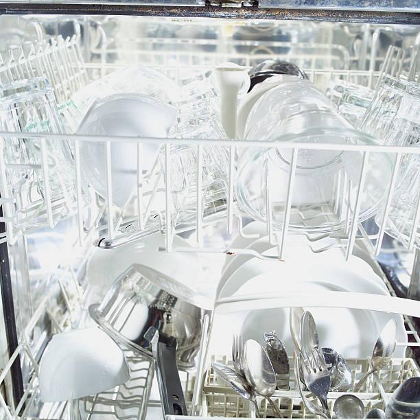dishwasher full of clean dishes:スマホ壁紙(壁紙.com)