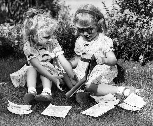 Elementary Age「Twins' Birthday」:写真・画像(17)[壁紙.com]