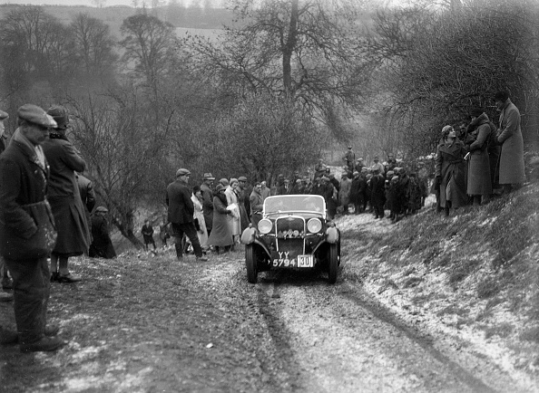 Country Road「Singer of W Writer competing at the Sunbac Colmore Trial, Gloucestershire, 1933」:写真・画像(18)[壁紙.com]