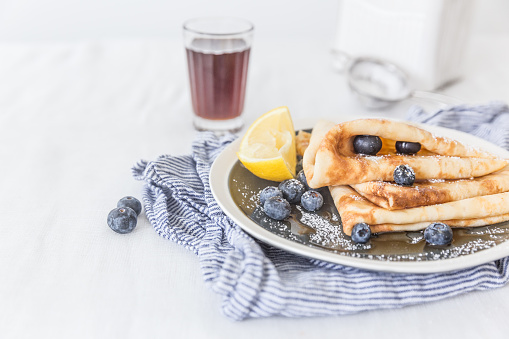 Maple Syrup「Pancakes with maple syrup and blueberries」:スマホ壁紙(9)