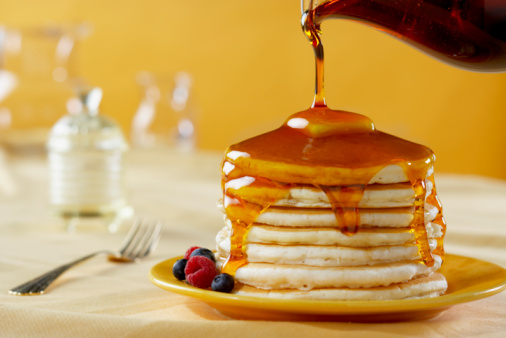 Pouring「Pancakes with Syrup Pour」:スマホ壁紙(9)