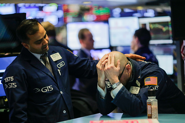 Eduardo Munoz Alvarez「Dow Plunges Over 400 Points On News Of New Steel And Aluminum Tariffs」:写真・画像(3)[壁紙.com]