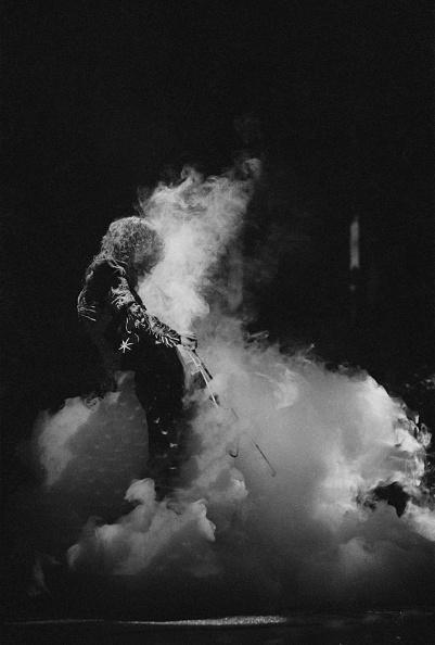 1975年「Led Zeppelin At Earl's Court」:写真・画像(13)[壁紙.com]