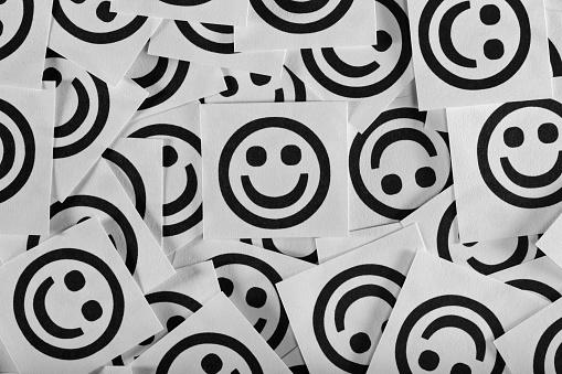 Smirking「Happiness」:スマホ壁紙(11)
