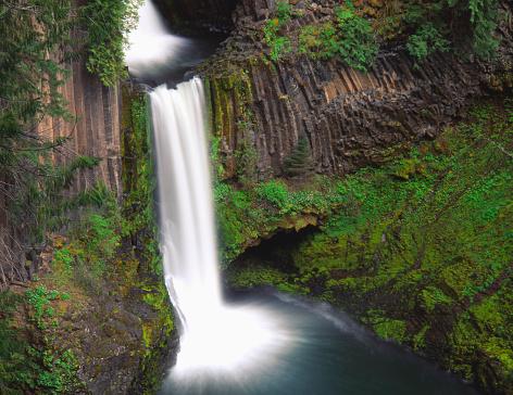 Basalt「Toketee Falls on North Umpqua River」:スマホ壁紙(7)