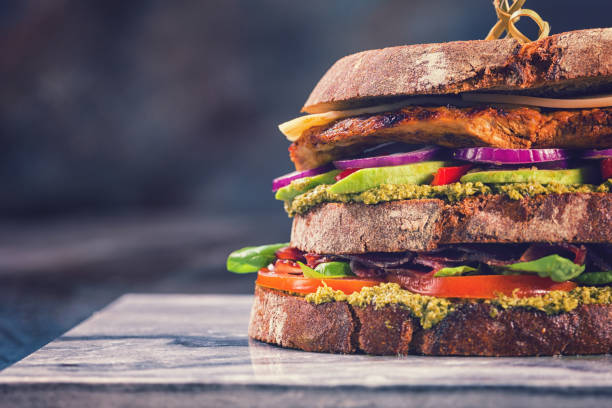 Club Sandwich:スマホ壁紙(壁紙.com)