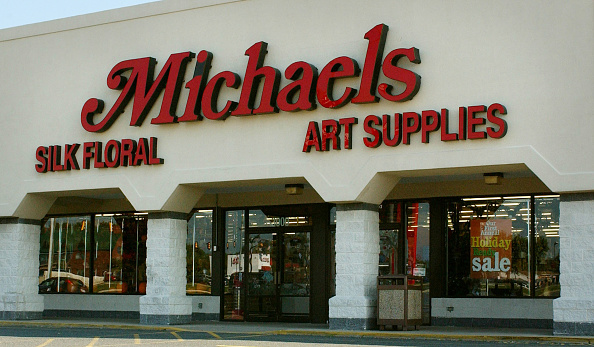 Art And Craft「Michaels Craft Store In Fredericksburg, Virginia」:写真・画像(4)[壁紙.com]