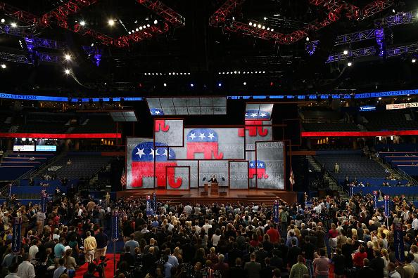 アメリカ共和党「2012 Republican National Convention Delayed By Tropical Storm Isaac」:写真・画像(6)[壁紙.com]