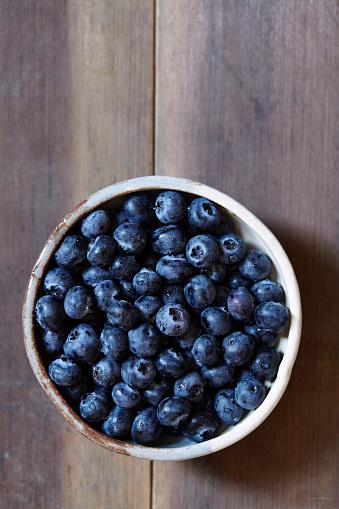 Blueberry「Stack of blueberries in bowl」:スマホ壁紙(3)