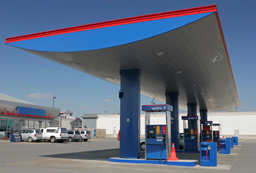 Oil Industry「Modern Gas Station with Convenience Store」:スマホ壁紙(16)