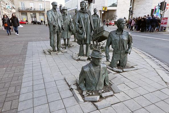 Wojtek Laski「The Sculpture of Anonymous Pedestrian」:写真・画像(11)[壁紙.com]