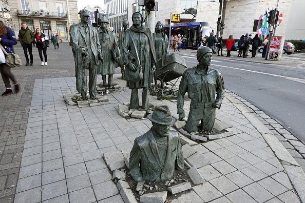 Sculpture「The Sculpture of Anonymous Pedestrian」:写真・画像(1)[壁紙.com]