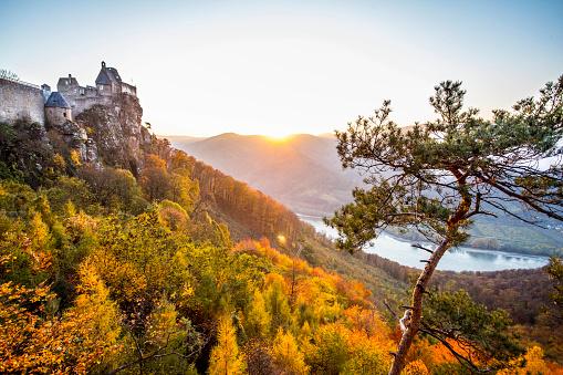 Austria「Sunsent in the castle of Krems.」:スマホ壁紙(16)