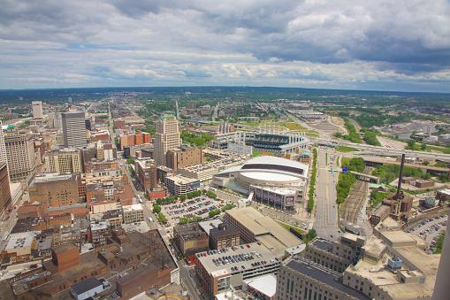 野球「Cleveland city view with baseball and basketball stadiums」:スマホ壁紙(0)