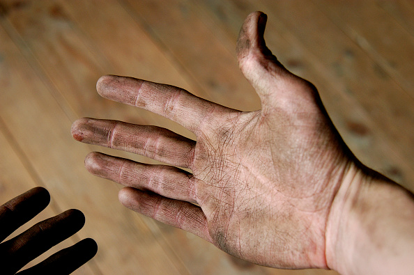 Dirty「Builder's hands」:写真・画像(10)[壁紙.com]