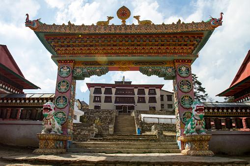Khumbu「Tengboche Monastery Gate」:スマホ壁紙(14)