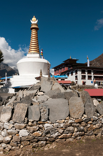 Khumbu「Tengboche Monastery and chorten」:スマホ壁紙(16)