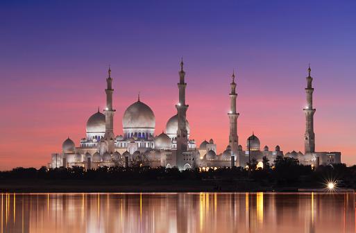 Minaret「Abu Dhabi, the Sheikh Zayed Grand Mosque」:スマホ壁紙(10)