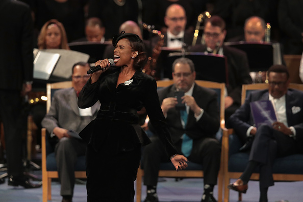 Jennifer Hudson「Soul Music Icon Aretha Franklin Honored During Her Funeral By Musicians And Dignitaries」:写真・画像(10)[壁紙.com]