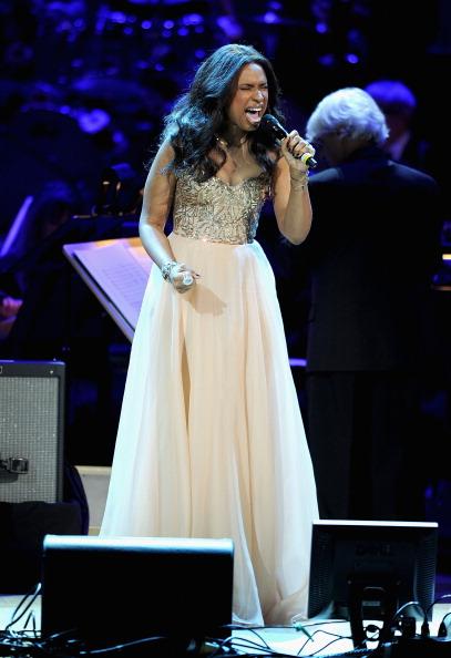 Flared Dress「2012 Concert For The Rainforest Fund - Show」:写真・画像(11)[壁紙.com]
