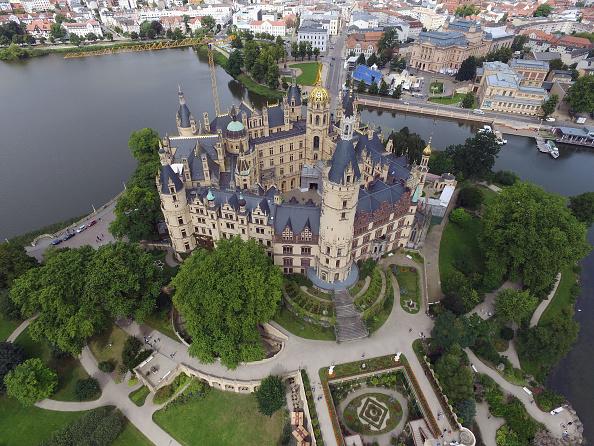Castle「Mecklenburg-Western Pomerania Prepares For State Elections」:写真・画像(14)[壁紙.com]