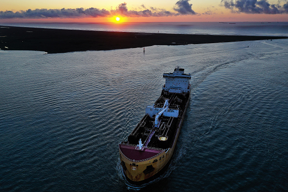 Drone Point of View「Views Of Tanker Ships Carrying US Petroleum Exports」:写真・画像(14)[壁紙.com]