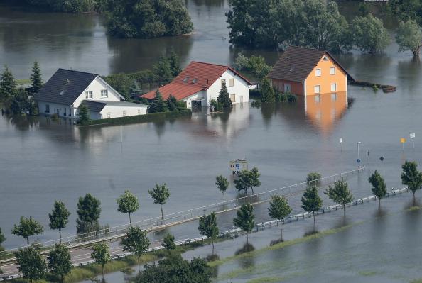 Germany「Floods Hit Germany: Northern Elbe River Region」:写真・画像(5)[壁紙.com]