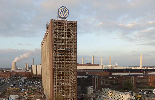 Wolfsburg - Lower Saxony「Volkswagen Whistleblowers Receive End Of November Deadline」:写真・画像(8)[壁紙.com]