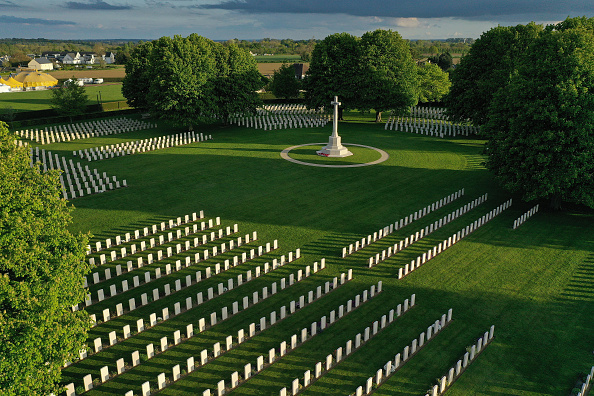 Cemetery「Aerial Views Of D-Day Normandy Landmarks」:写真・画像(15)[壁紙.com]