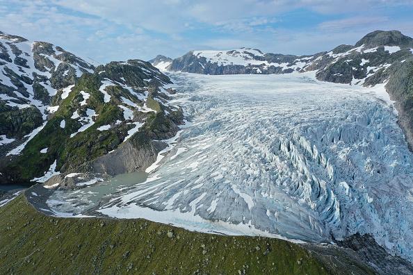 Glacier「Global Warming Is Accelerating The Melting Of Norway's Glaciers」:写真・画像(14)[壁紙.com]