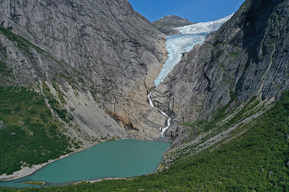 Environment「Global Warming Is Accelerating The Melting Of Norway's Glaciers」:写真・画像(17)[壁紙.com]