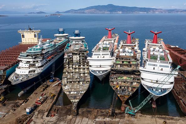 Cruise Ship「Cruise Ships Sold For Scrap Due To Coronavirus Pandemic」:写真・画像(15)[壁紙.com]