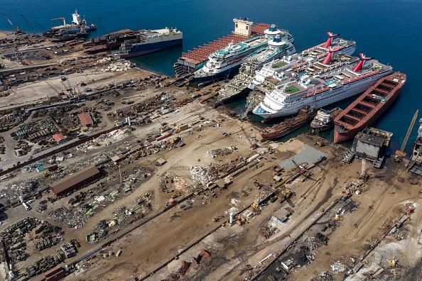 Passenger Craft「Cruise Ships Sold For Scrap Due To Coronavirus Pandemic」:写真・画像(18)[壁紙.com]