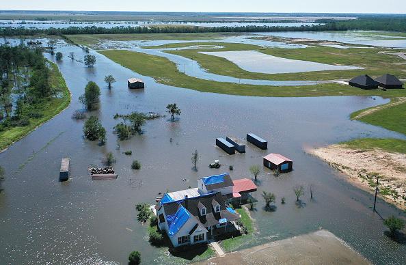 Louisiana「Hurricane Delta Takes Aim At Louisiana's Gulf Coast」:写真・画像(12)[壁紙.com]